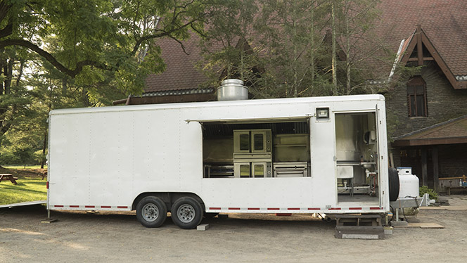 The mobile kitchen has arrived! (Aug 1)