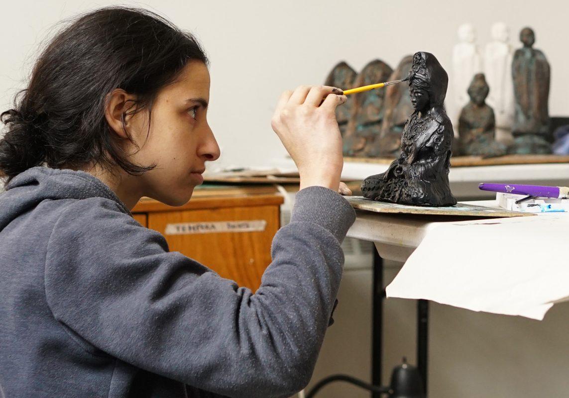 Laura statuary
